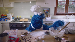 Apple recruits Cookie Monster for iPhone ad