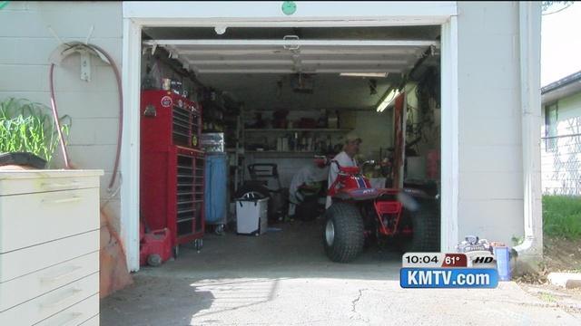 open garage doorPolice warn about open garage doors  KMTVcom