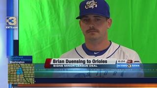 Duensing Signs Minor League Deal