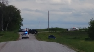 3 people hurt in Cass County crash
