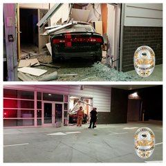 Car crashes into building in La Vista