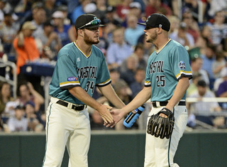 Coastal Carolina wins game two of CWS finals