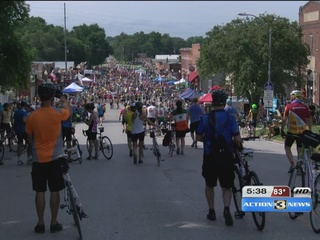 Ragbrai starts and riders are ready for the heat