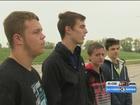 Ralston High School students help a stranger