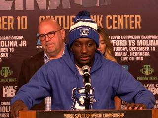 Crawford fight draws excited fans