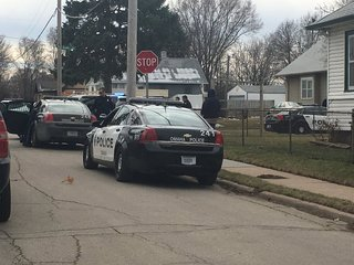 Police investigating shots fired near 30th, Fort