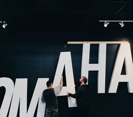 Omaha's Hutch hangs old Rosenblatt letters