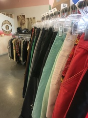 Locals weigh cash in on online consignment apps