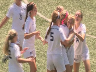 Skutt girls shut out Columbus, move on to semis